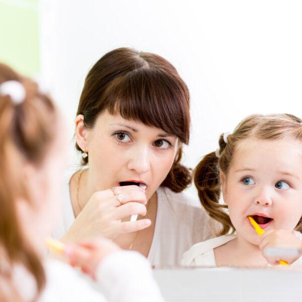 Brossage-dents-famille